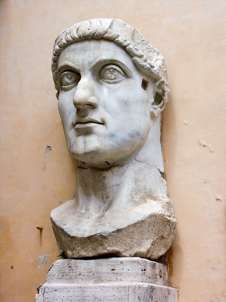 コンスタンティヌス大帝の巨象の頭部