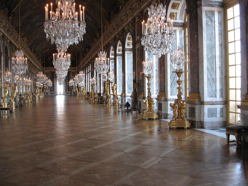 ル・ブラン ベルサイユ宮殿 鏡の間 シャンデリア